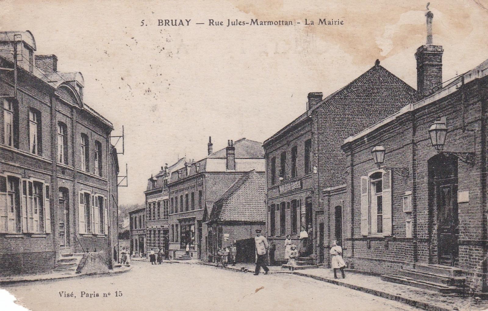Bruay-la-Buissière - BRUAY ( la mairie )