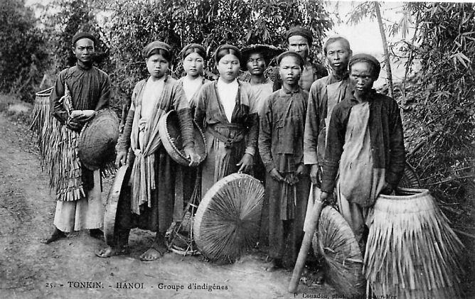 Hanoï -  Groupe d'indigènes