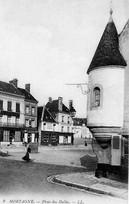 Mortagne-au-Perche - Place des Halles
