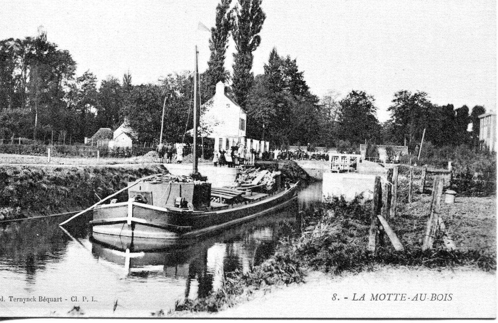 Morbecque - La Motte au Bois - Carte postale ancienne et vue d'Hier et  Aujourd'hui - Geneanet