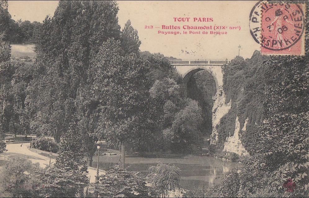 Paris - N° 213 XIX  Buttes Chaumont  beau Paysage LAC et PONT de Brique 1906