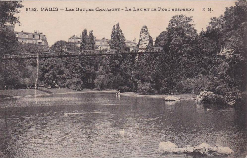 Paris - CPA-75-PARIS-  LES BUTTES CHAUMONT - Le Lac et le pont suspendu