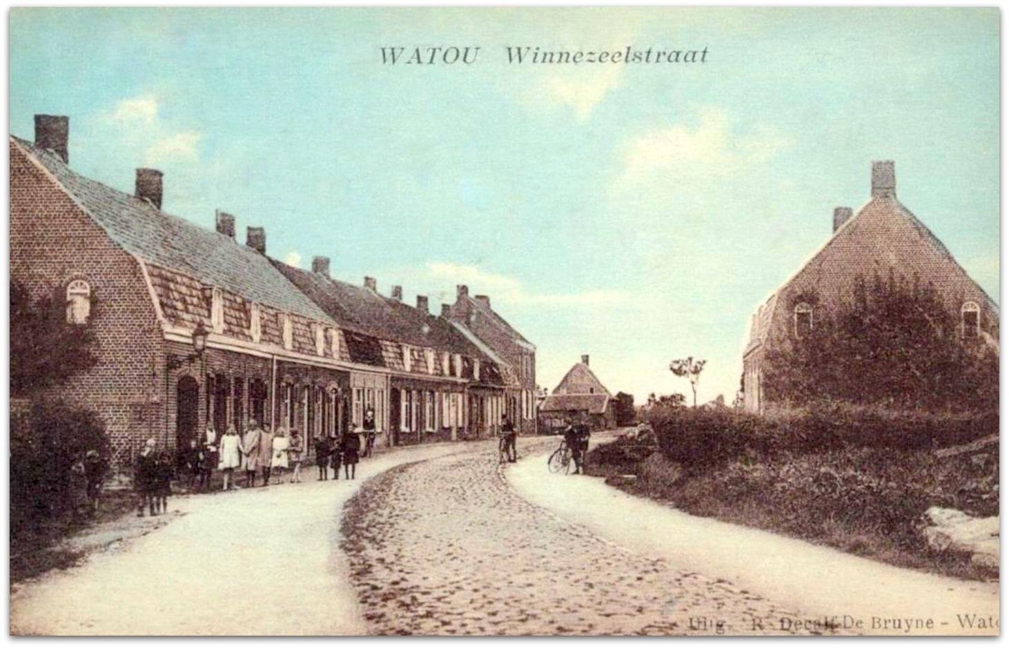 """Watou -  Watou """" Zicht op de Winnezeelstraat """""""