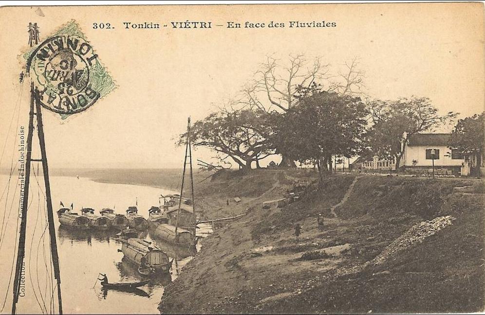 -  Viêt-Nam _ Tonkin_  Vietry _ en face des Fluviales