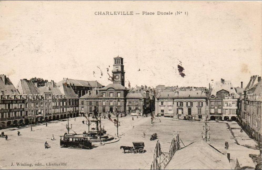 Charleville - 08. charleville. place ducale
