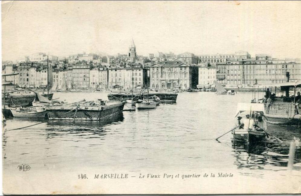 Marseille -  marseille le vieux port et quartier de la mairie