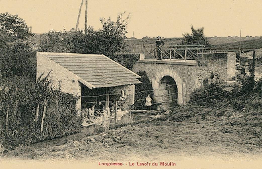 Longuesse - Le Lavoir du Moulin.