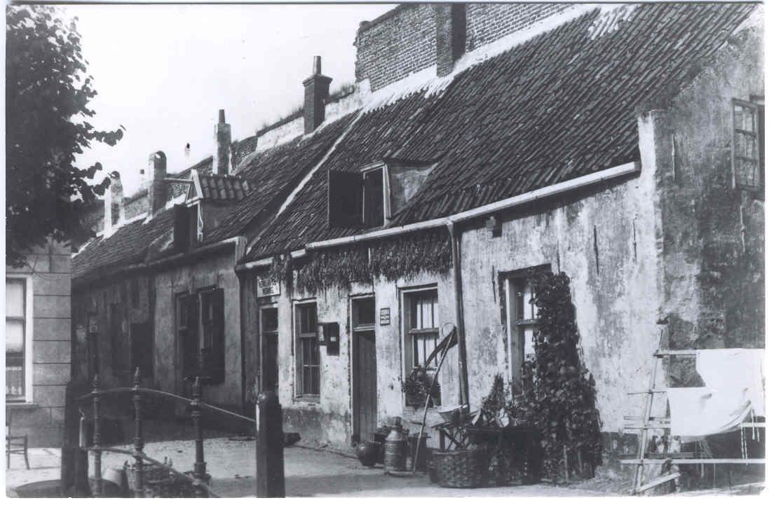 Elburg - Groepje huizen