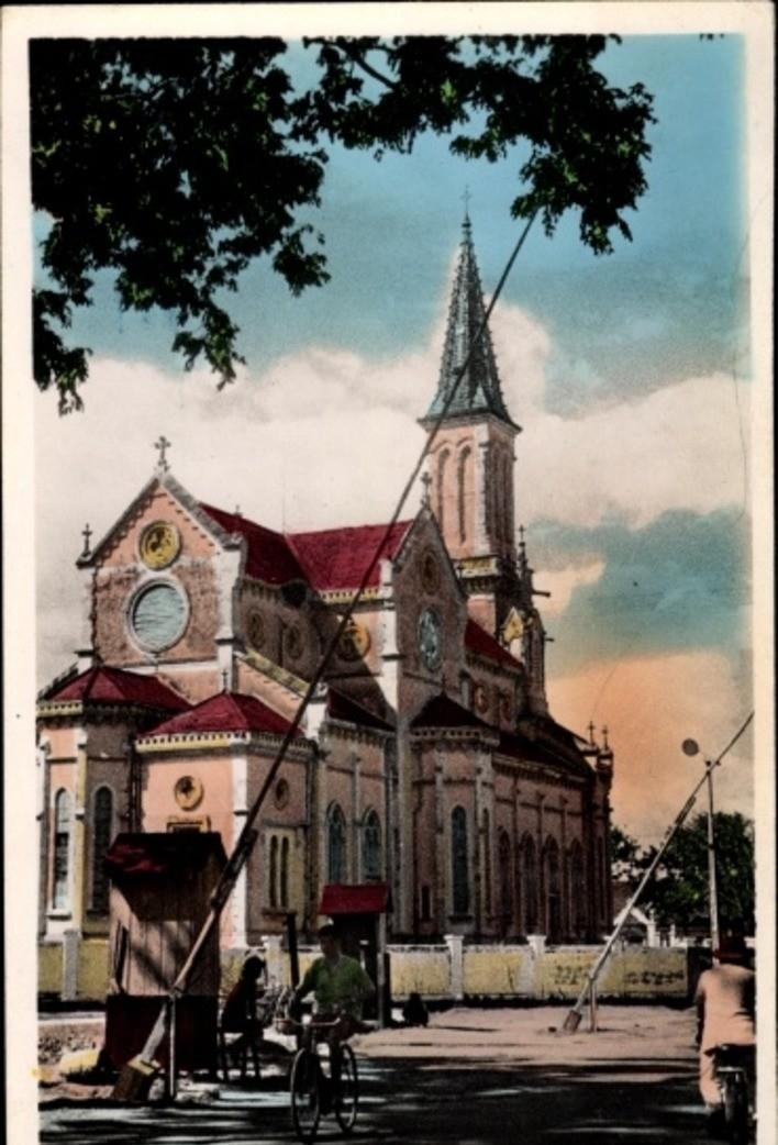 Hô Chi Minh-Ville -  Cp Saigon Cochinchine Vietnam, L'Eglise Huyen St (Rue Frères Luois)