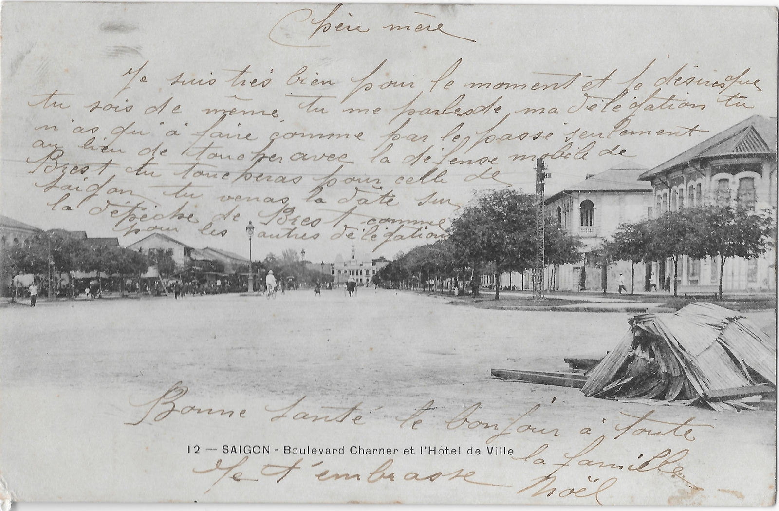 Saïgon -  Boulevard Charner et Hôtel de Ville