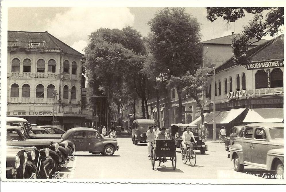 Saigon -  rue Catinat (1952)