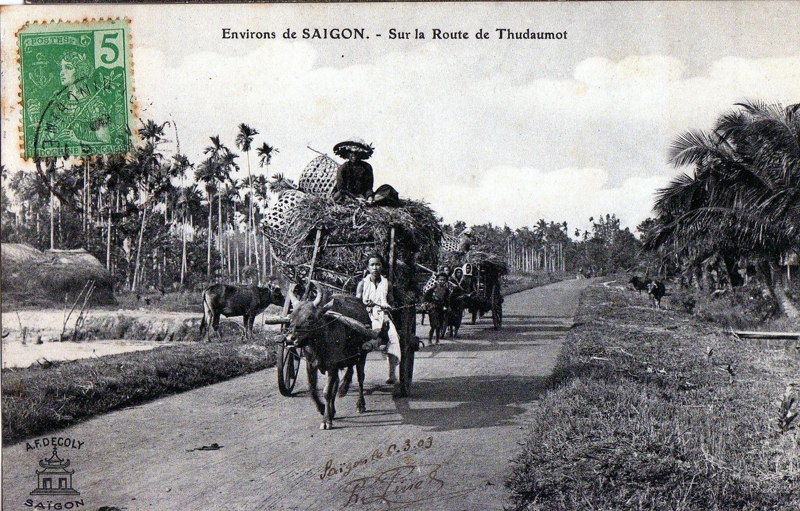 Thu Dau Mot -   sur le route de Thu Dau Mot