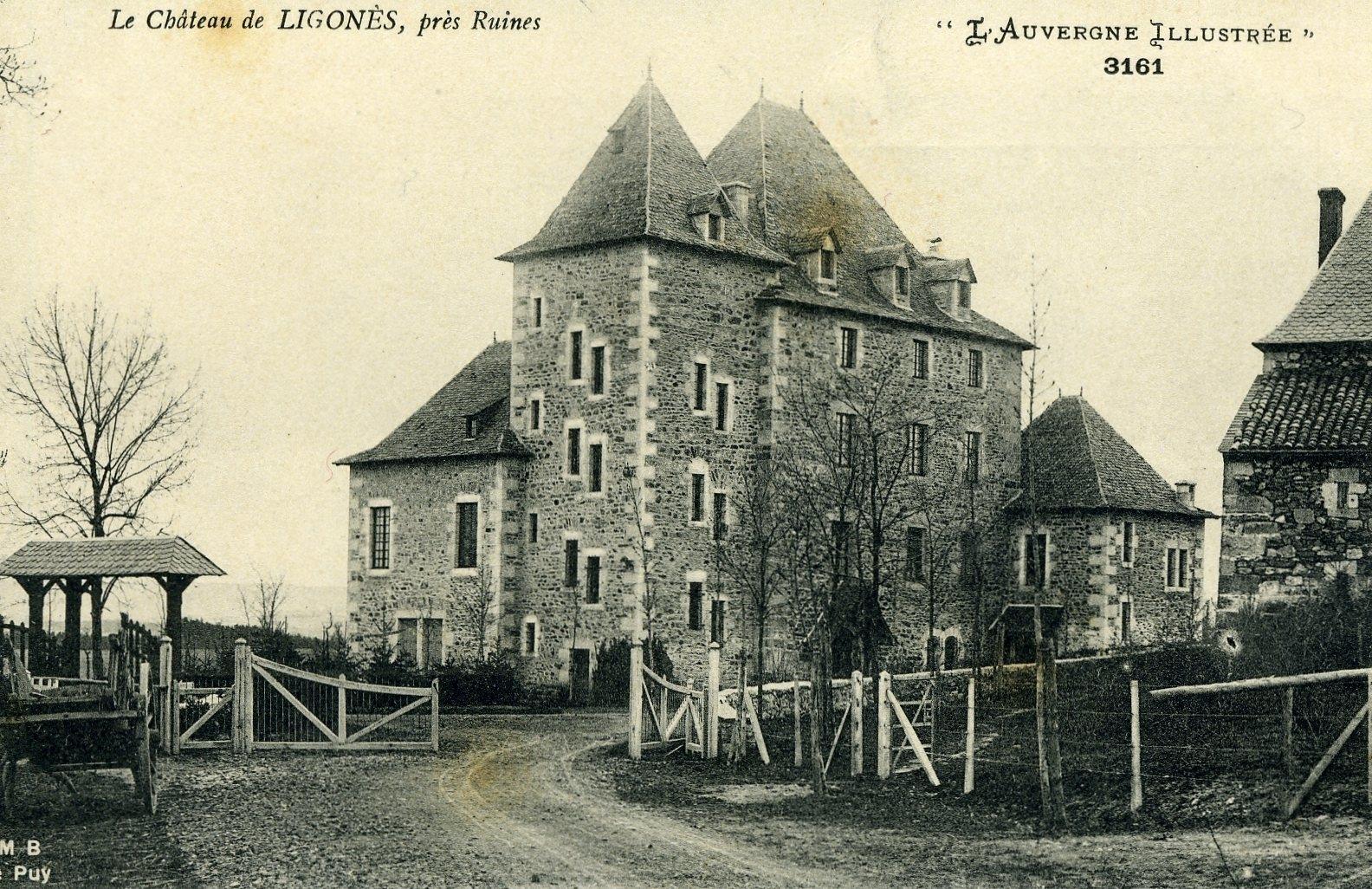Ruynes-en-Margeride - Le château de Ligonès