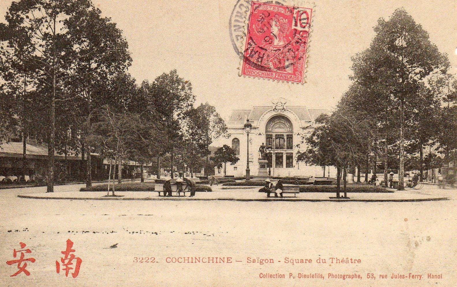 Saigon(Indochine) -  square et theatre a  SAIGON
