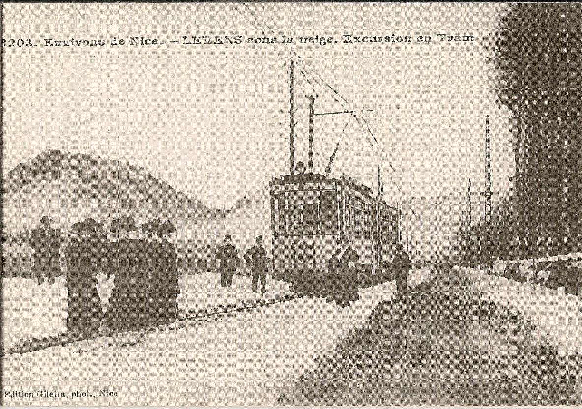 Levens - Levens - Le Tram sous la neige aux Grands Prés