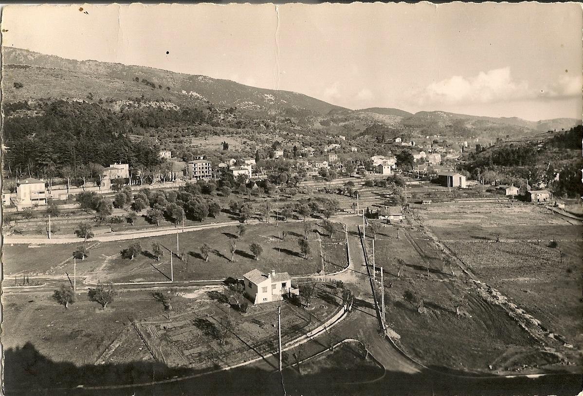 Levens - Levens - le quartier des Traverses et le début de la construction du lotissement Saint Roch