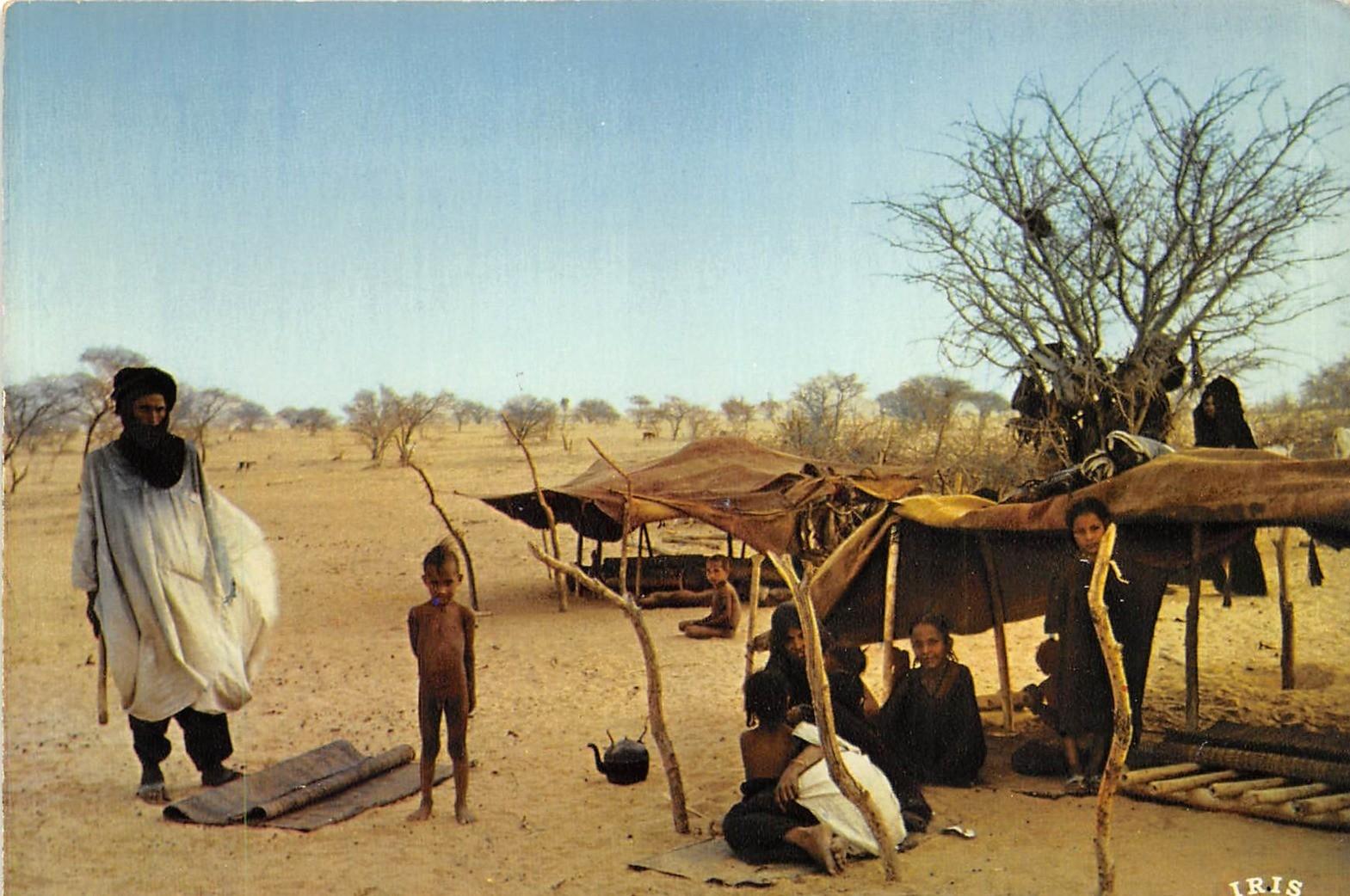 -  Niger - Campement Touareg