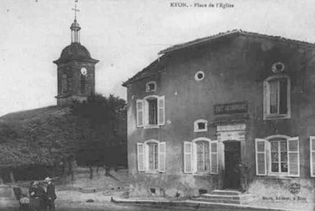 Eton - Place de l'Église