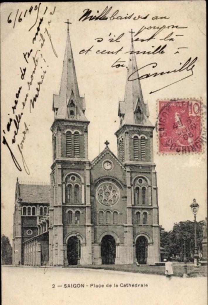 Hô Chi Minh-Ville -  Cp Saigon Cochinchine Vietnam, Place de la Cathedrale
