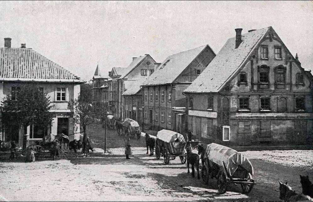 -  Litauen, MITAU, Strassenbild, Rote Kreuz Wohlfahrtskarte herausgegeben v.d.Kommandatur Mitau