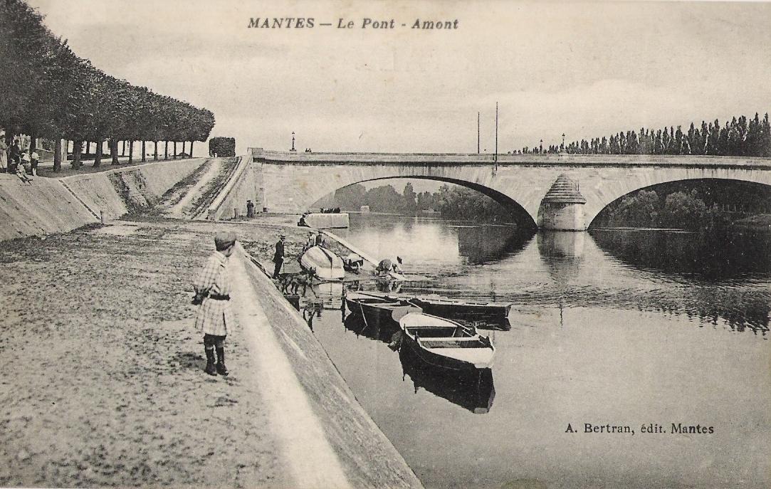 Mantes-la-Jolie - Le Pont Amont