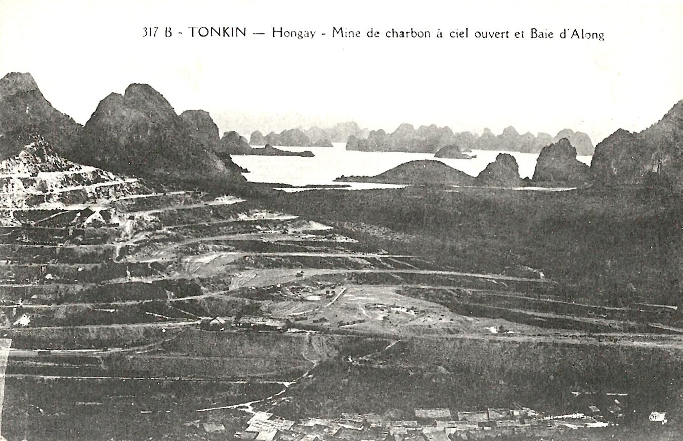 Hongay -  Tonkin-Hongay-Mine de charbon à ciel ouvert et Baie d'Along