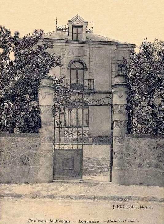 Longuesse - La Mairie.