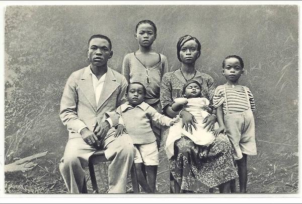 Akono - Cameroun / famille chrétienne d'Akono
