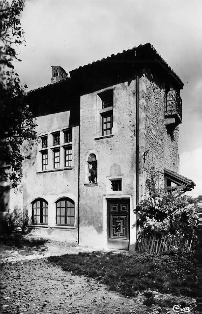 Pérouges - Maison de St Georges patron de Pérouges
