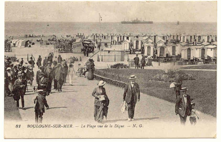 Boulogne-sur-Mer - Boulogne-sur-Mer : la plage vue de la digue - Carte postale ancienne et vue d ...