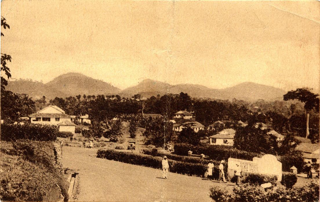 Yaoundé -  La Route de Yoko.
