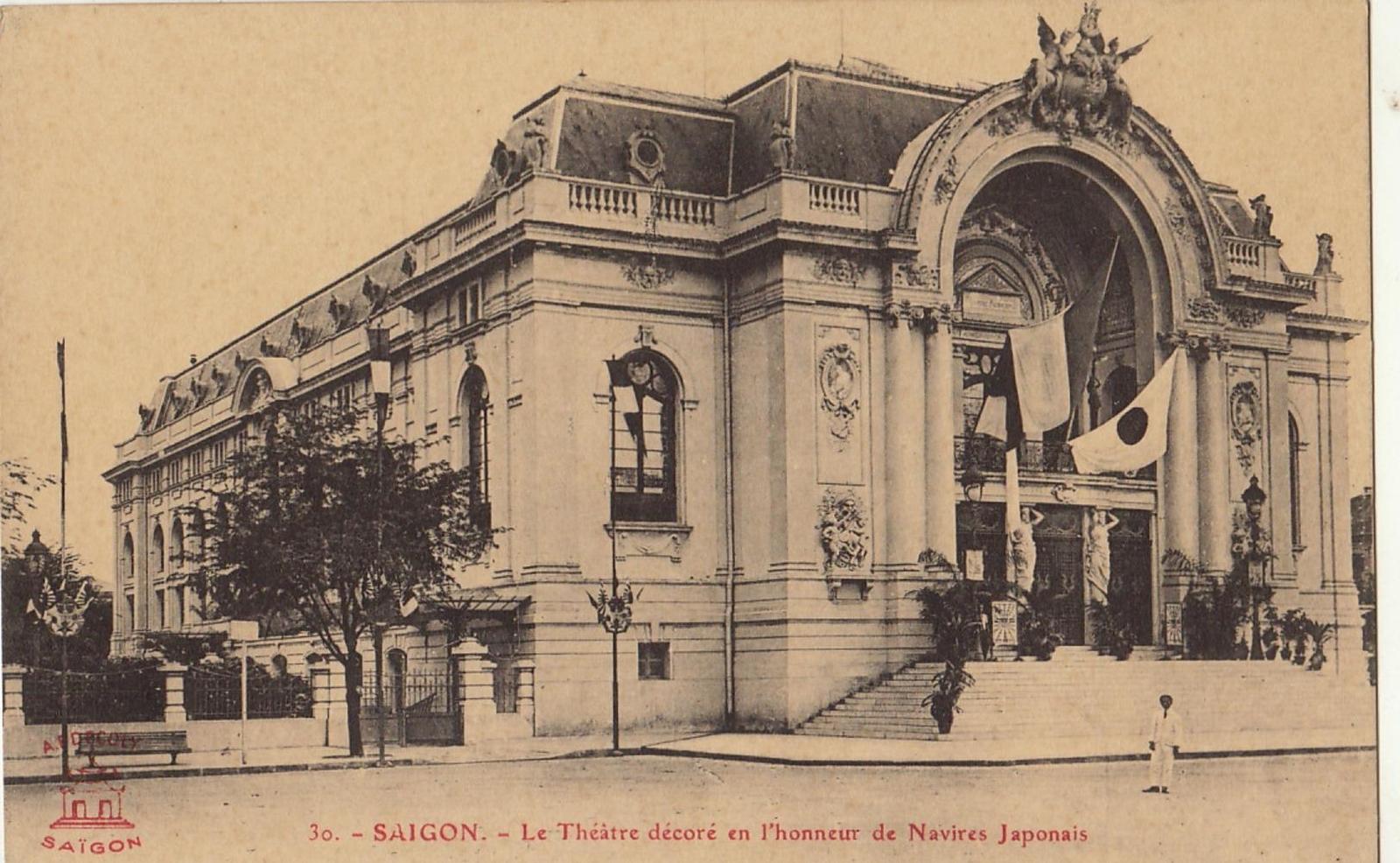 Hô-Chi-Minh-Ville -  COCHINCHINE VIET NAM saïgon le théâtre décoré en l'honneur de navires japonais