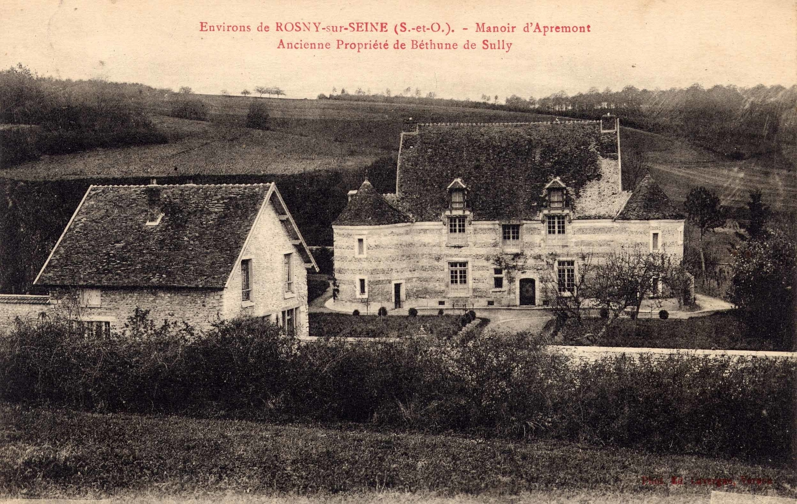 Perdreauville -  MANOIR D'APREMONT : Le manoir d'Apremont est l'un des plus anciens manoirs seigneuriaux du département des Yvelines. Cette demeure de la fin du XVème siècle ou début du XVIème siècle...