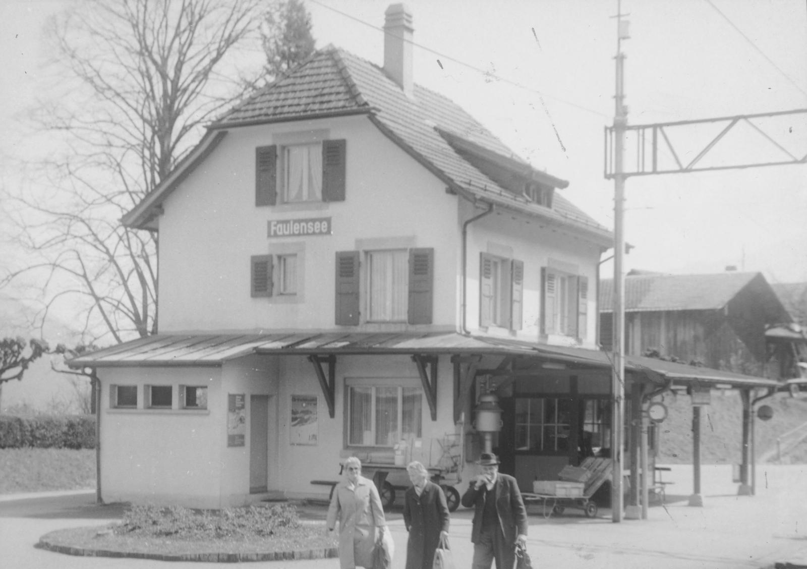 Spiez -  Gare/Bahnhof Faulensee