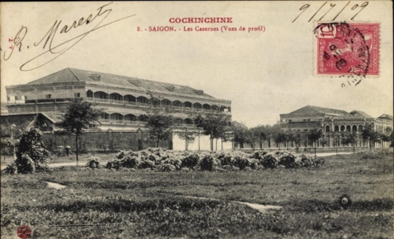 Hô Chi Minh-Ville -  Cp Saigon Cochinchine Vietnam, Les Casernes, Vues de profil
