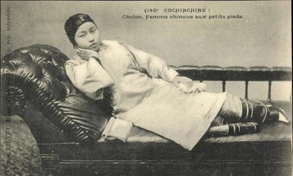Cholon - Cp Cholon Cochinchine Vietnam, Femme chinoise aux petits pieds