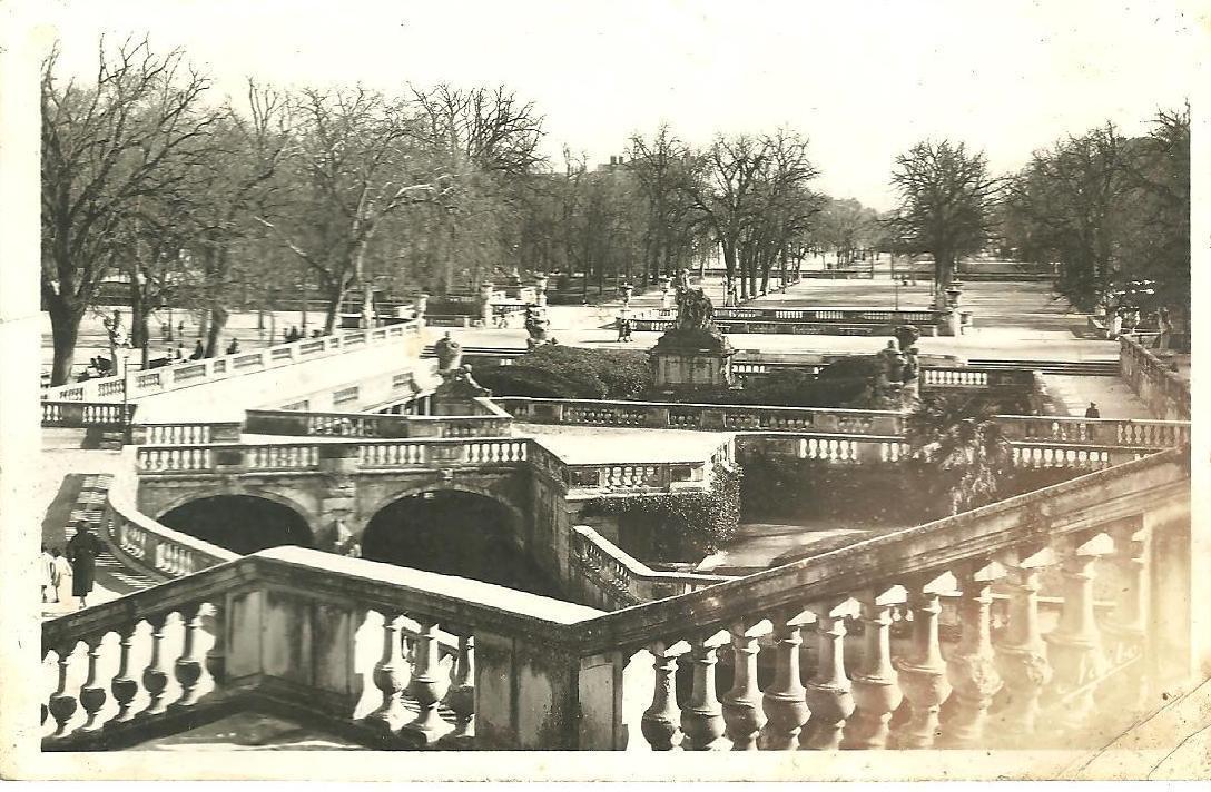 Nîmes - Jardin de la Fontaine, ancien emplacement des Thermes ...