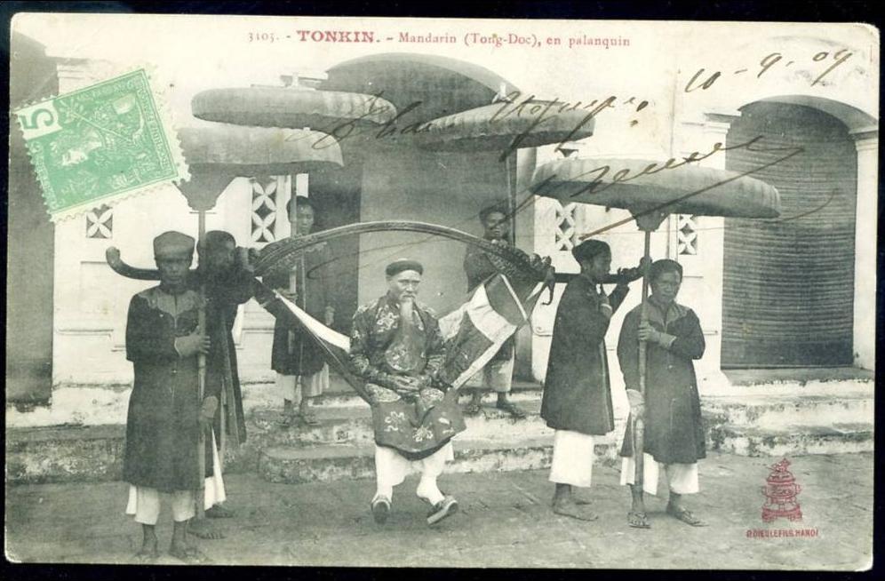 -  CPA. TONKIN.  Mandarin (Tong-Doc), en Palanquin.