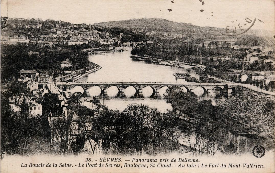 Meudon - Sèvres. Panorama pris de Bellevue. La Boucle de la Seine. Le Pont de Sèvres, Boulogne, St-Cloud. Au loin : le Fort du Mont-Valérien.