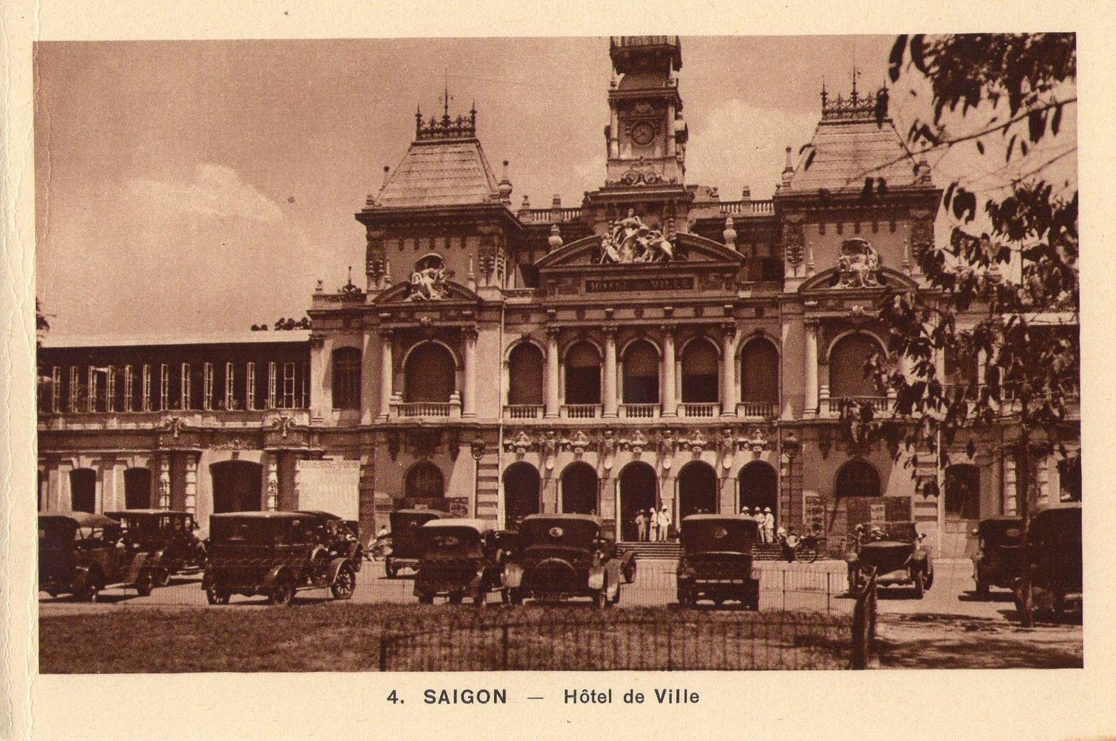 Saigon -  Hotel de Ville de Saigon dans les années 20