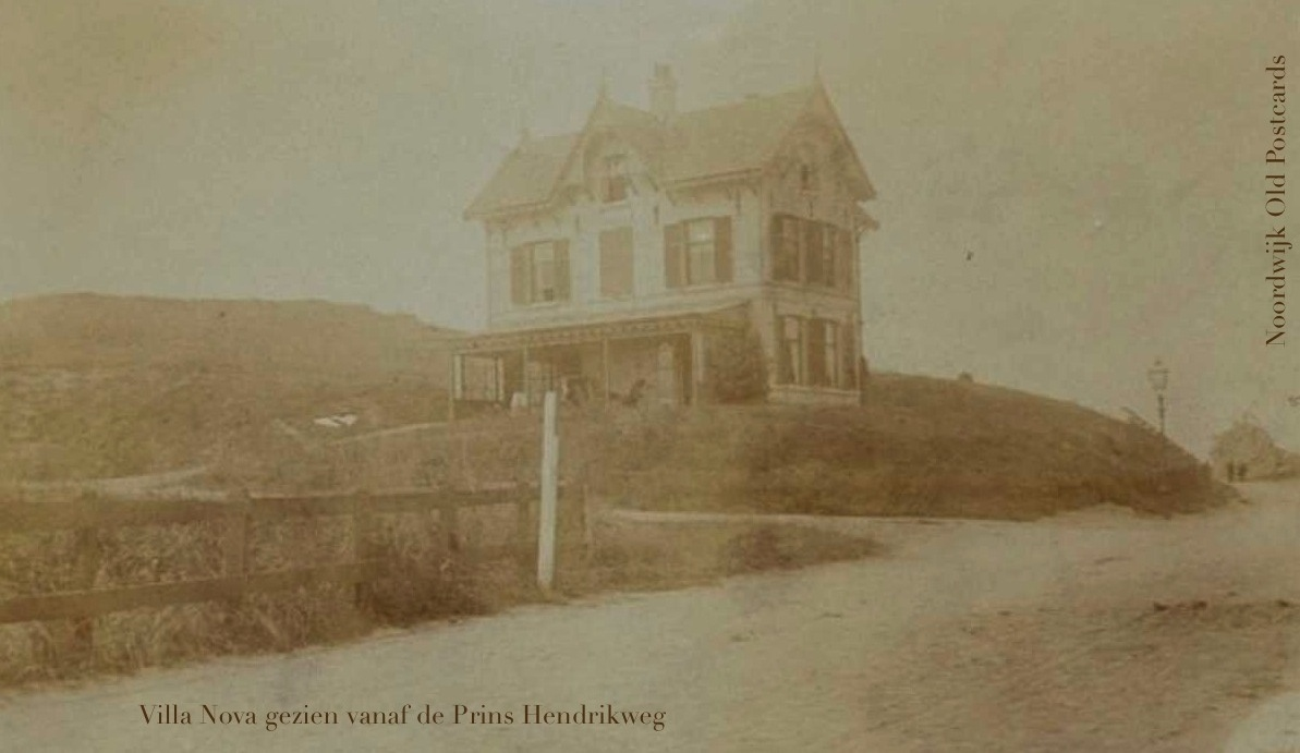 Noordwijk Aan Zee -  Villa Nova, het huis van Albert Verwey, gezien vanaf de Prins Hendrikweg. De prachtige villa stond op de hoek Nieuwe Zeeweg / Prins Hendrikweg.