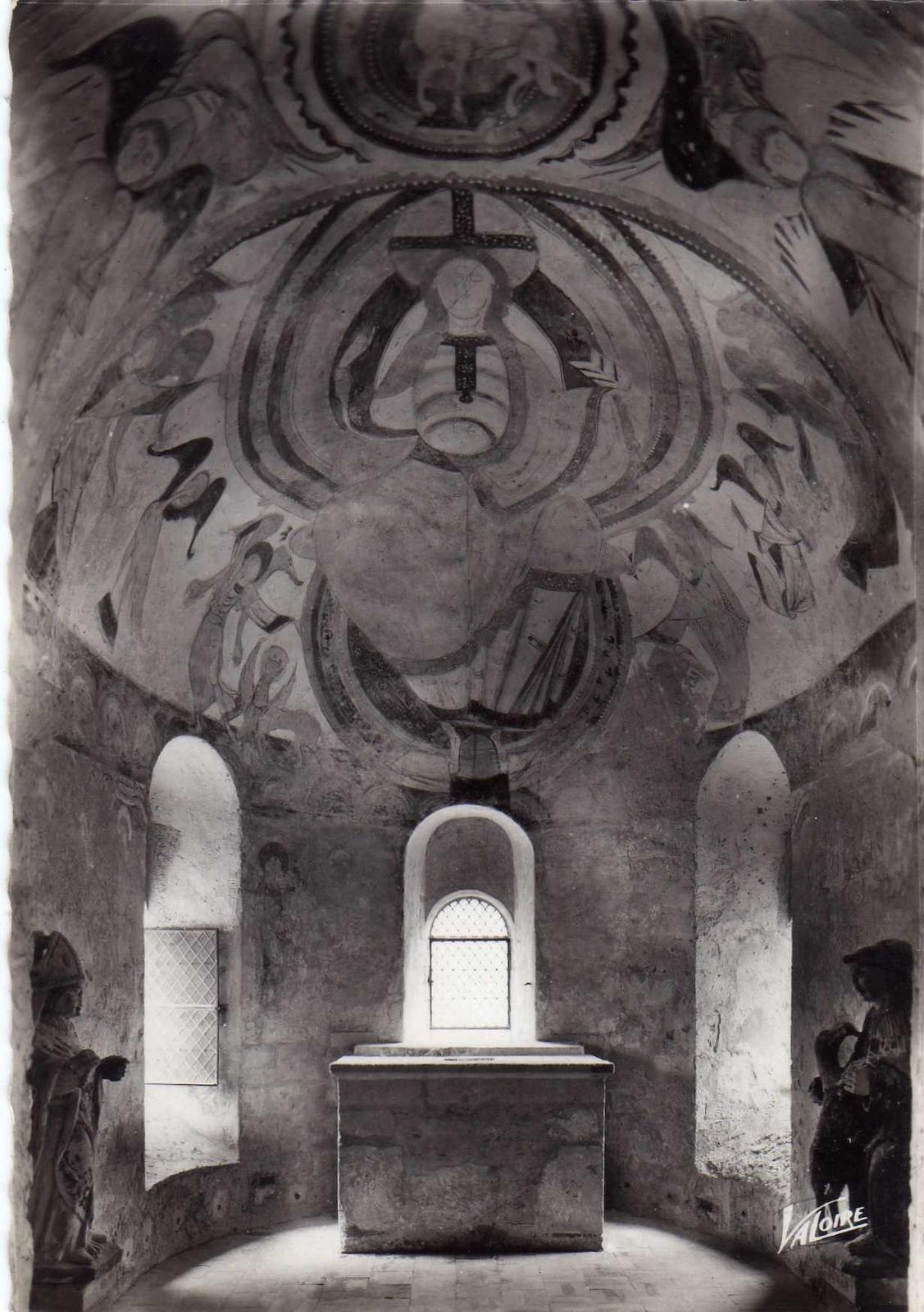 Montoire-sur-le-Loir -  Montoire sur le Loir 41 La Chapelle Saint Gilles (XIème siècle) Fresque de l'abside principale A gauche Saint Oustrille A droite Saint Gilles