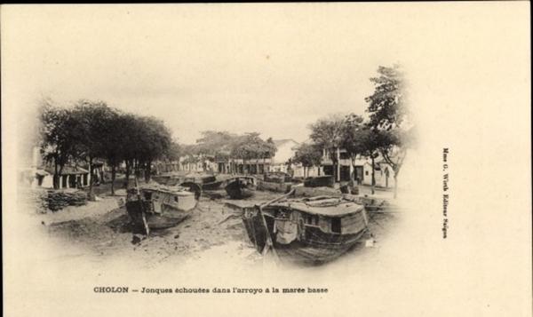 Cholon - Cp Cholon Vietnam, Jonques echouees dans l'arroyo a la maree basse