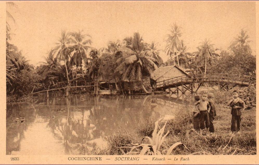 -  (Vietnam) COCHINCHINE SOCTRANG  Kesach  le rach, enfant