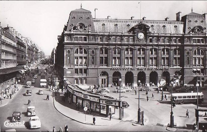 Paris -  Paris 75009 - Gare de Chemins de Fer - Saint Lazare Cours de Rome