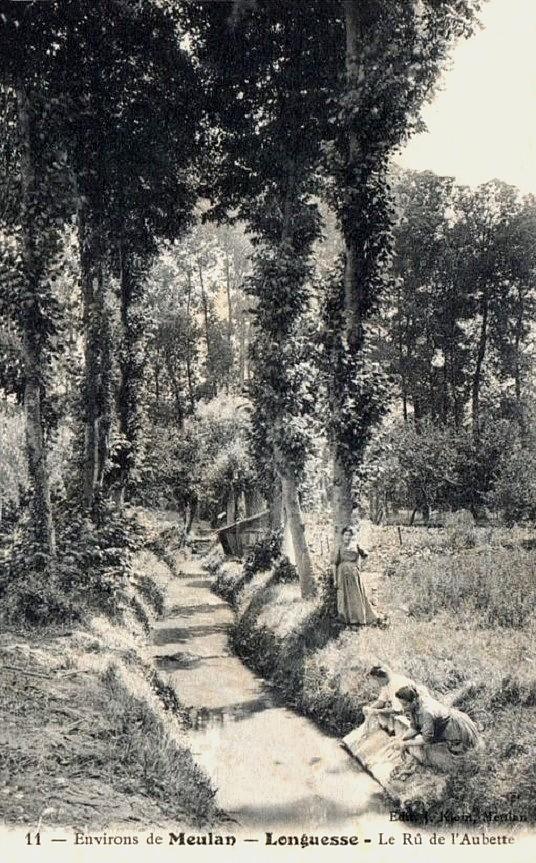 Longuesse - Lavandières dans l'Aubette.