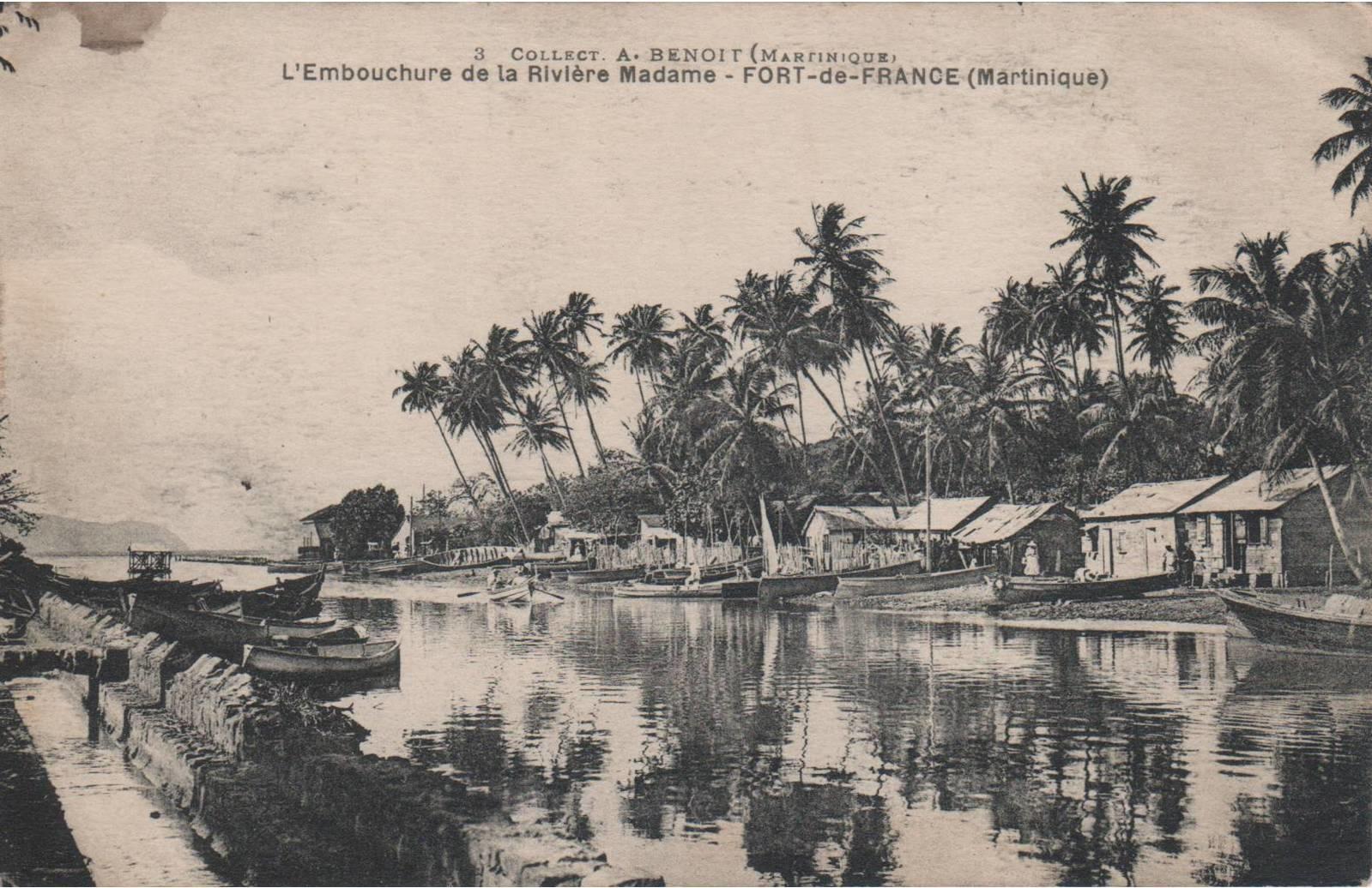 Fort de France - MARTINIQUE - L'embouchure de la Rivière Madame - Fort de France