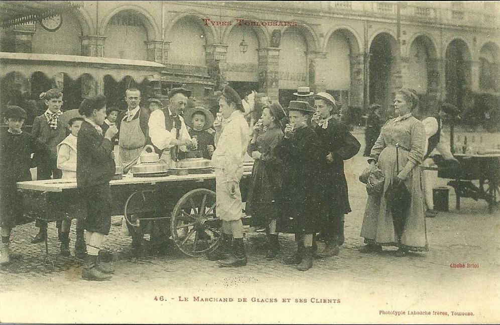 Toulouse - TOULOUSE N 46 MARCHAND DE GLACE ET SES CLIENTS BEAU PLAN TIRAGE 1900