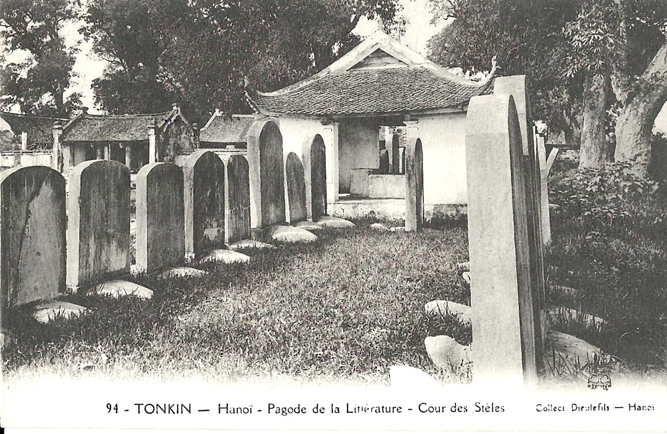 Hanoï -  Tonkin-Hanoï-Pagode de la Littérature-Cour des Stèles
