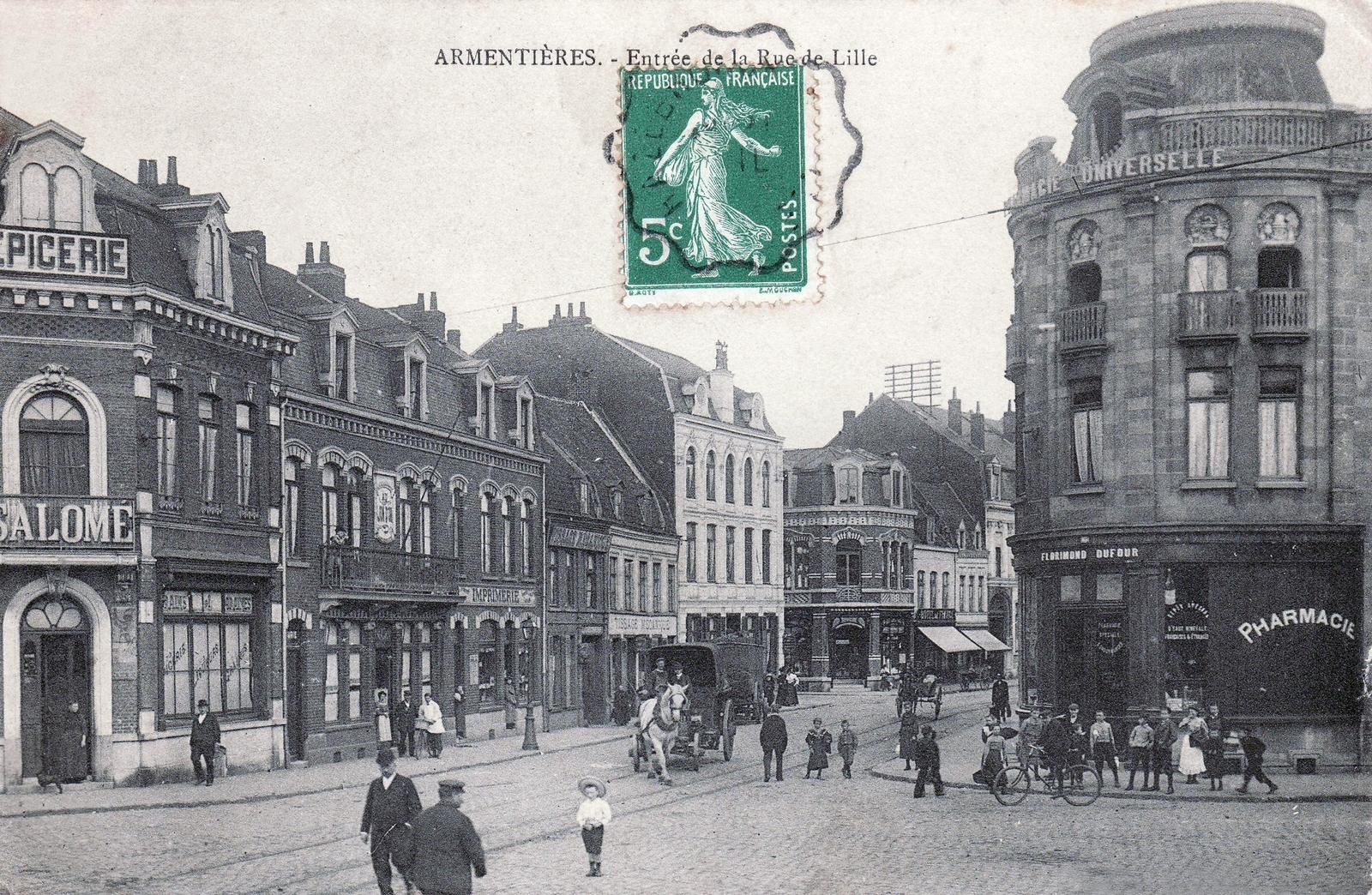 Armentières -  Entrée de la rue de Lille